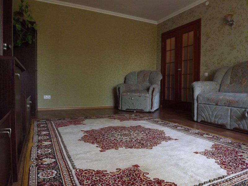 Сдам уютную, обустроенную квартиру в центре Каменец-Подольского (2)
