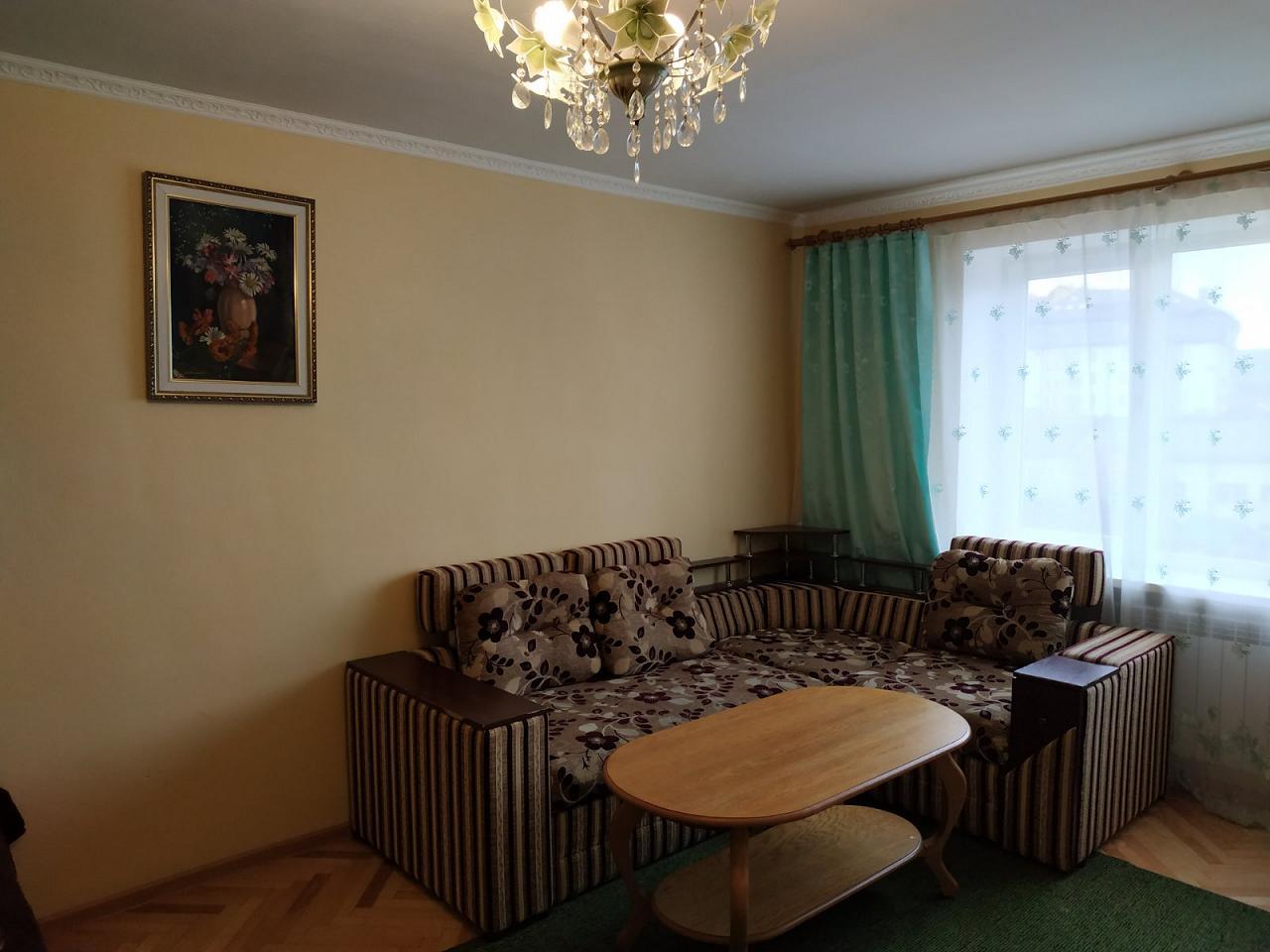 Однокомнатная квартира в Трускавце посуточно (1)