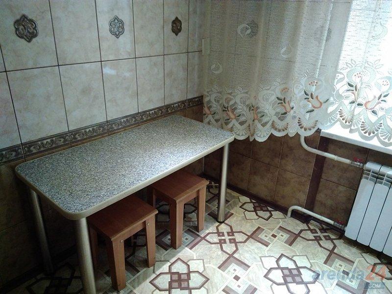Посуточно и почасово квартира в центральном р-не Кривого Рога (4)