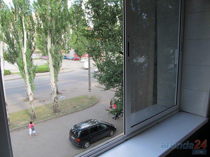 Посуточно и почасово квартира в центральном р-не Кривого Рога (8)