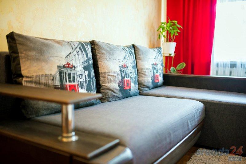2-комнатная квартира посуточно, Днепр, ул. Моссаковского, 3 (5)