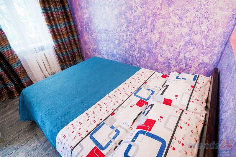 2-комнатная квартира посуточно, Днепр, ул. Моссаковского, 3 (7)
