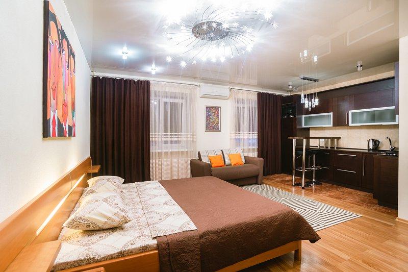 1-комнатная квартира посуточно, Днепр, ул. Староказацкая, 82 (1)