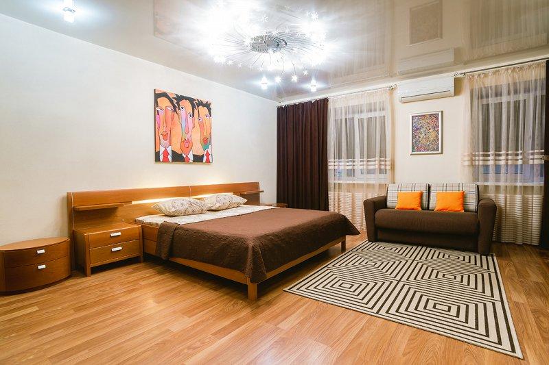 1-комнатная квартира посуточно, Днепр, ул. Староказацкая, 82 (3)