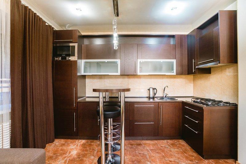 1-комнатная квартира посуточно, Днепр, ул. Староказацкая, 82 (7)