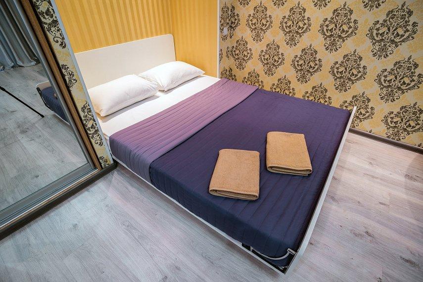 1-комнатная квартира посуточно, Днепр, ул. Гоголя, 6 (4)
