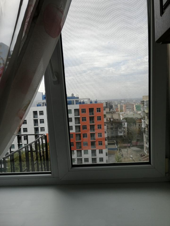 Сдам посуточно однокомнатную квартиру в центре города. Элитный район. (8)