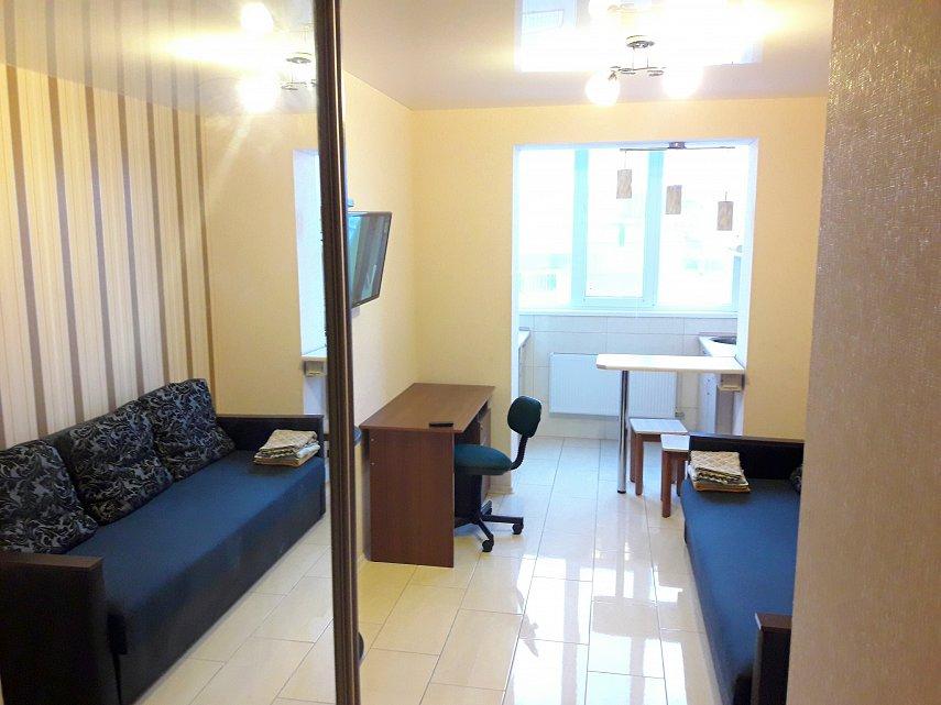 1-комнатная квартира посуточно, Харьков, ул. Целиноградская 54, 54