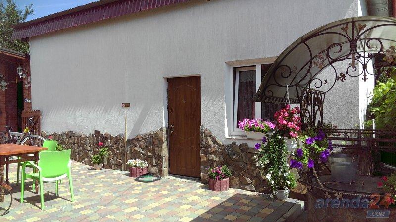 1-комнатная квартира посуточно, Моршин, ул. Привокзальная, 121 (10)