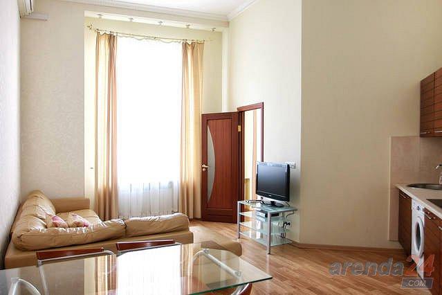 Апартаменты на Майдане с джакузи в форме сердца (1)