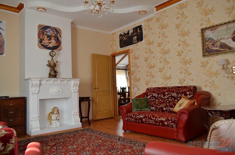4-комнатная квартира посуточно, Кривой Рог, ул. 10-летия Октября, 2