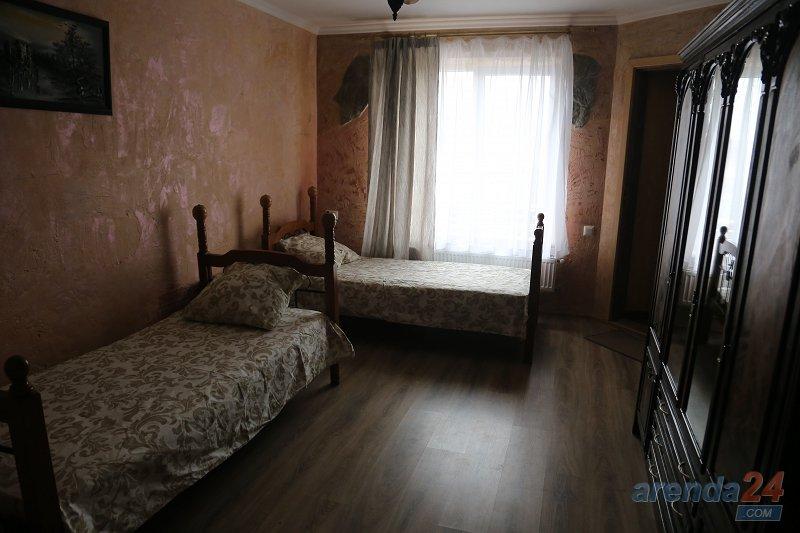 Квартира с новым ремонтом (3)