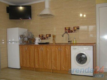 2-кімнатна квартира подобово, Чернівці, вул. Кишиневская, 84а
