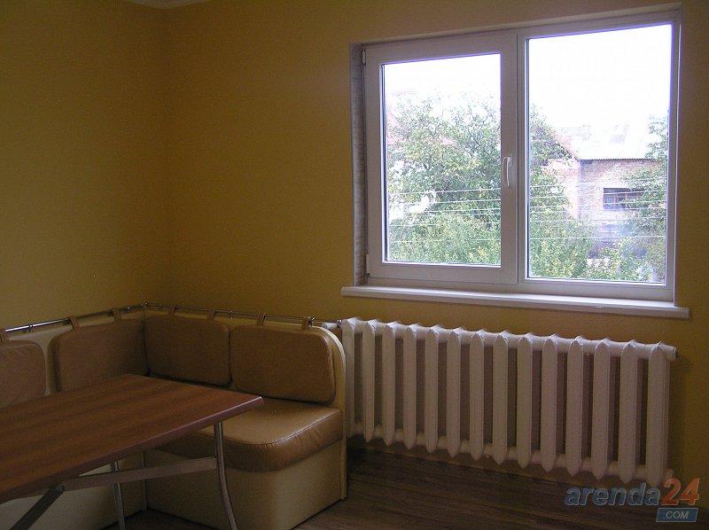 2-кімнатна квартира подобово, Чернівці, вул. Кишиневская, 84а (10)