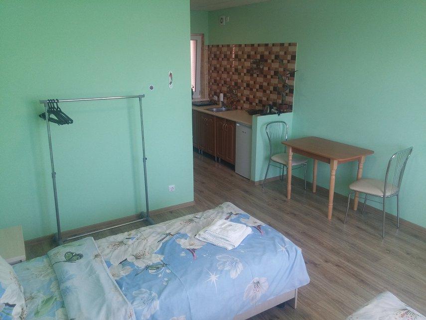 Міні-готель подобово, Чернівці, вул. Кишинівська, 84 (3)