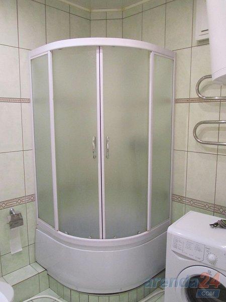2-кімнатна квартира подобово, Дніпро, просп. Олександра Поля, 27 (4)