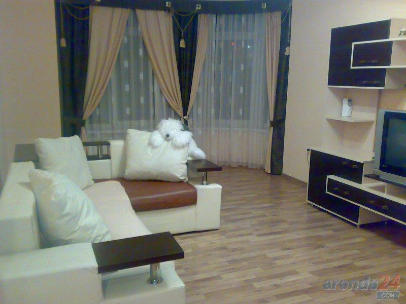 Посуточно двух комнатная квaртира ЦЕНТР VIP Крушельницкой 8 (8)