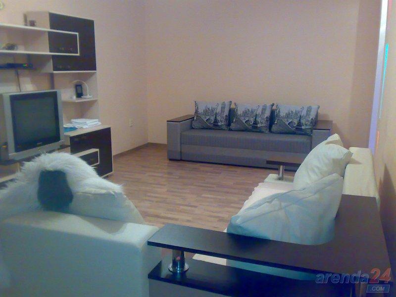 Посуточно двух комнатная квaртира ЦЕНТР VIP Крушельницкой 8 (9)