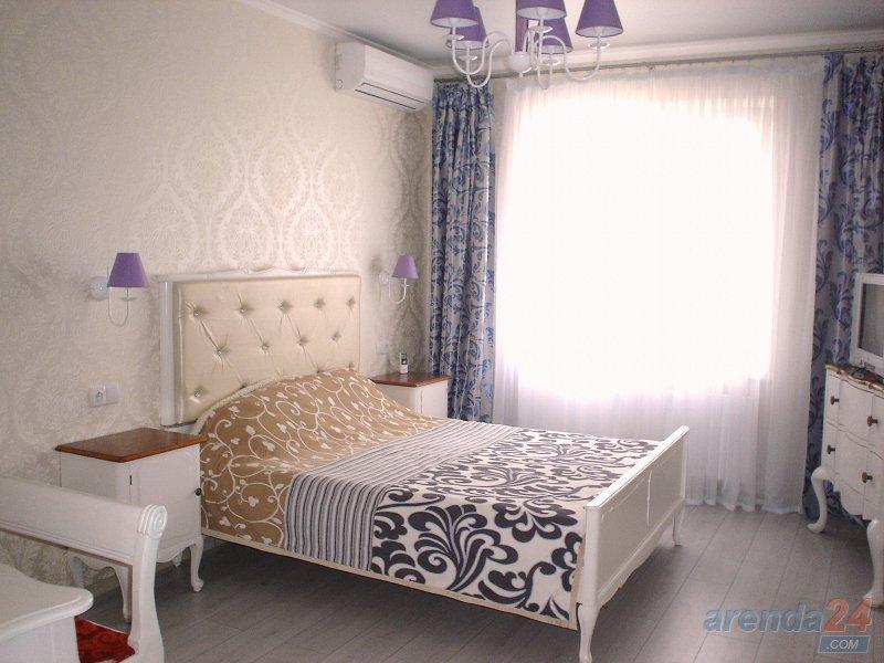 1-комнатная квартира посуточно, Одесса, мкрн массив Радужный, 13