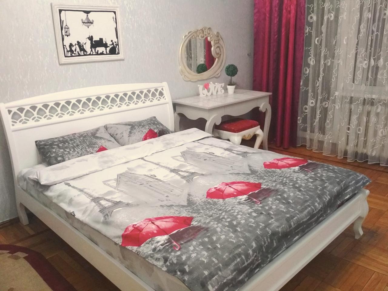 1-комнатная квартира посуточно в Одессе. Киевский район, ул. Ильфа и Петрова, 29
