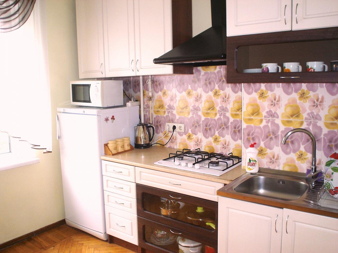 1-комнатная квартира посуточно в Одессе. Киевский район, ул. Ильфа и Петрова, 29 (7)