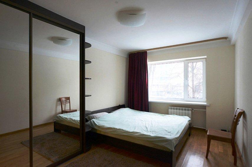 2-комнатная квартира посуточно, Киев, ул. Мечникова, 8 (5)