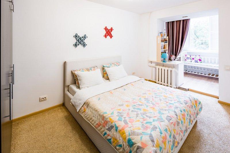 Двухкомнатная квартира посуточно класа Люкс (5)