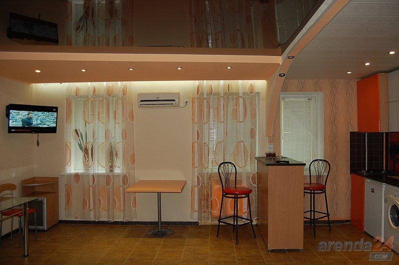 1-кімнатна квартира подобово, Луганськ, вул. Сосюры, 135 (1)