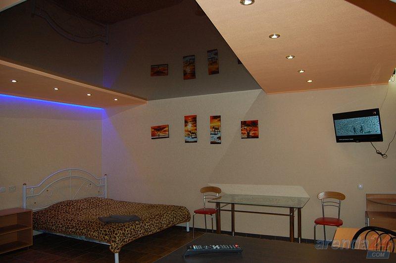1-кімнатна квартира подобово, Луганськ, вул. Сосюры, 135 (2)