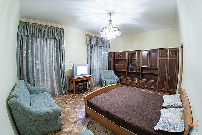 2-комнатная квартира посуточно, Львов, ул. Краковская, 14 (4)