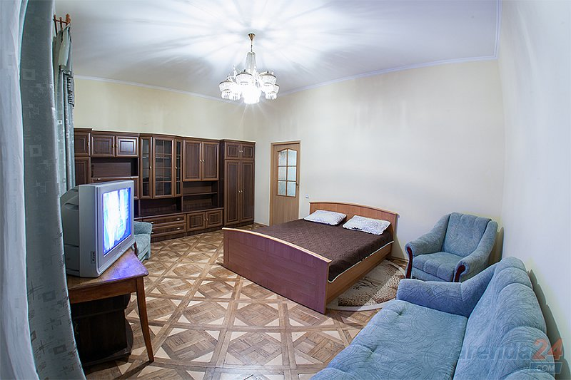 2-комнатная квартира посуточно, Львов, ул. Краковская, 14 (5)