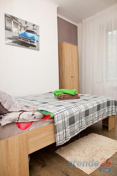 1-кімнатна квартира подобово, Львів, вул. Личаківська, 161 (1)