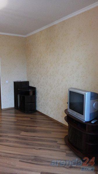 1-кімнатна квартира подобово, Кам`янець-Подільський, вул. Князів-Коріатовичів, 25 (4)