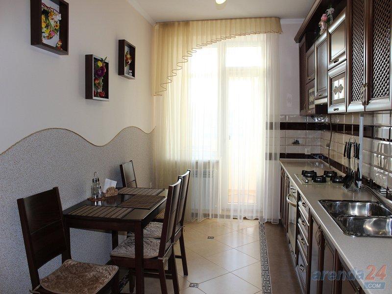 Комфортабельная двухкомнатная квартира (7)
