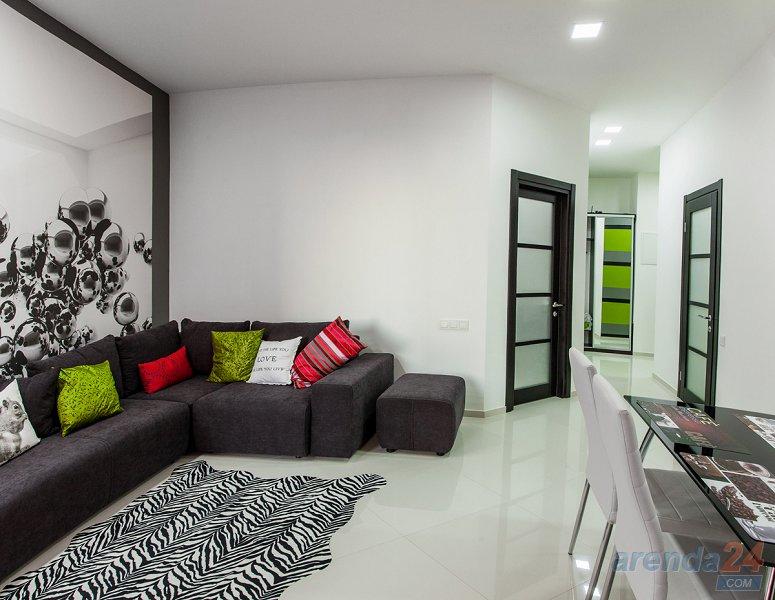 Новая квартира посуточно в Аркадии, ЖК (1)