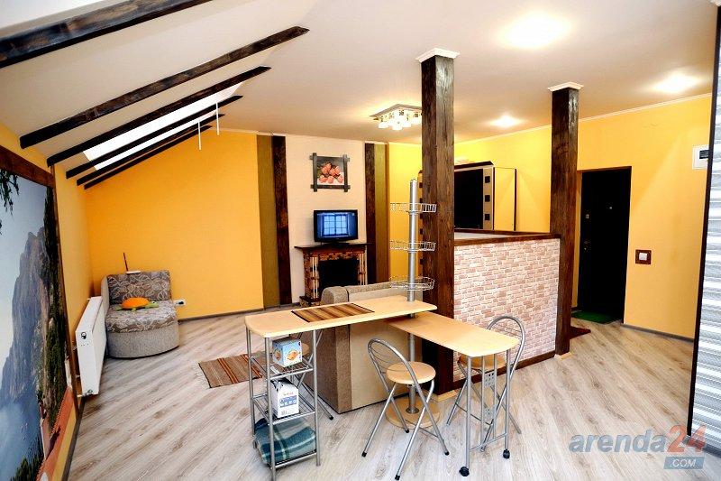 1-комнатная квартира посуточно, Моршин, ул. Привокзальная, 61А (2)