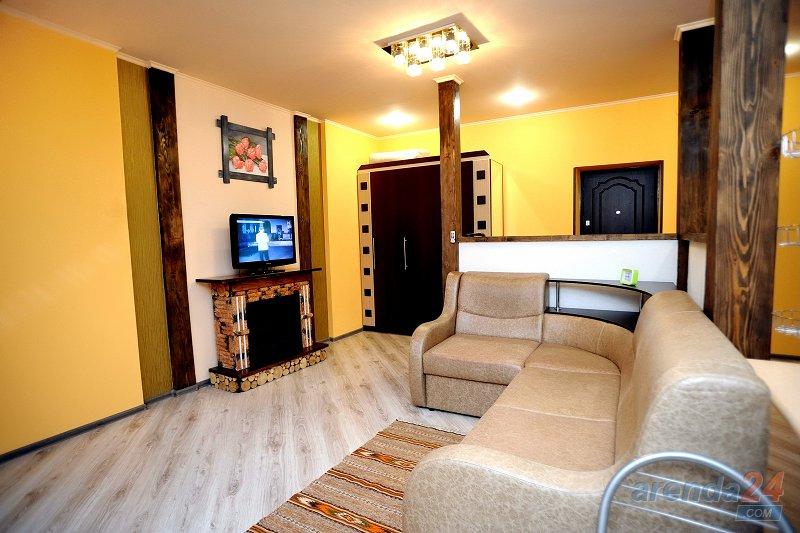 1-комнатная квартира посуточно, Моршин, ул. Привокзальная, 61А (3)