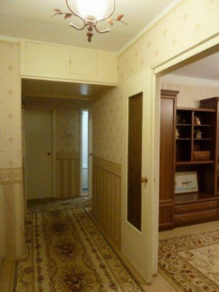 Предлагается в посуточную аренду 3 комнатная квартира, первая линия домов до моря, есть вид моря (5)