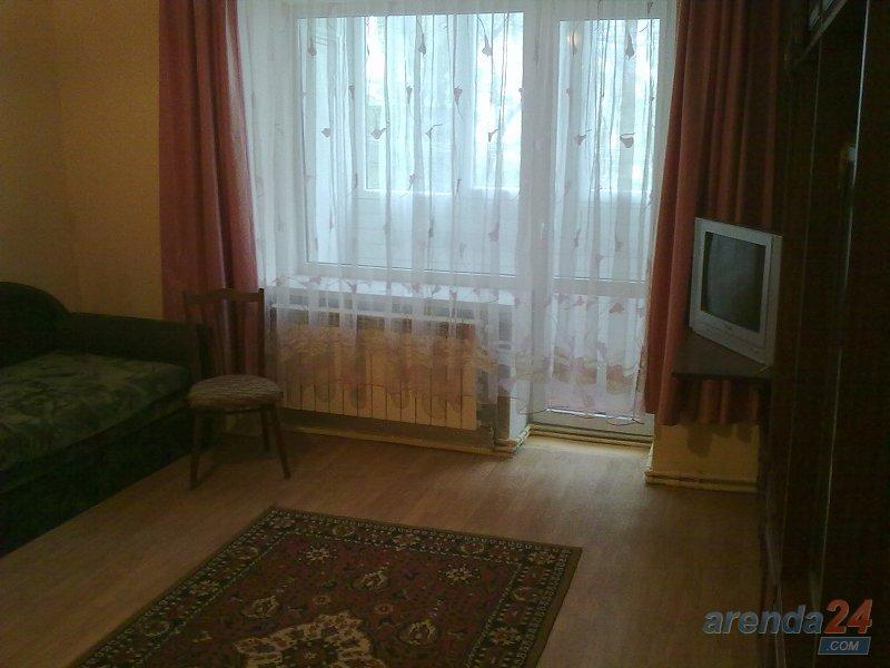 Однокімнатна квартира подобово недалеко від клініки Казявкіна
