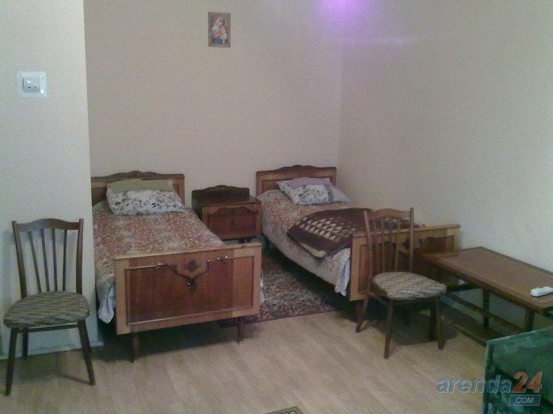 Однокімнатна квартира подобово недалеко від клініки Казявкіна (3)