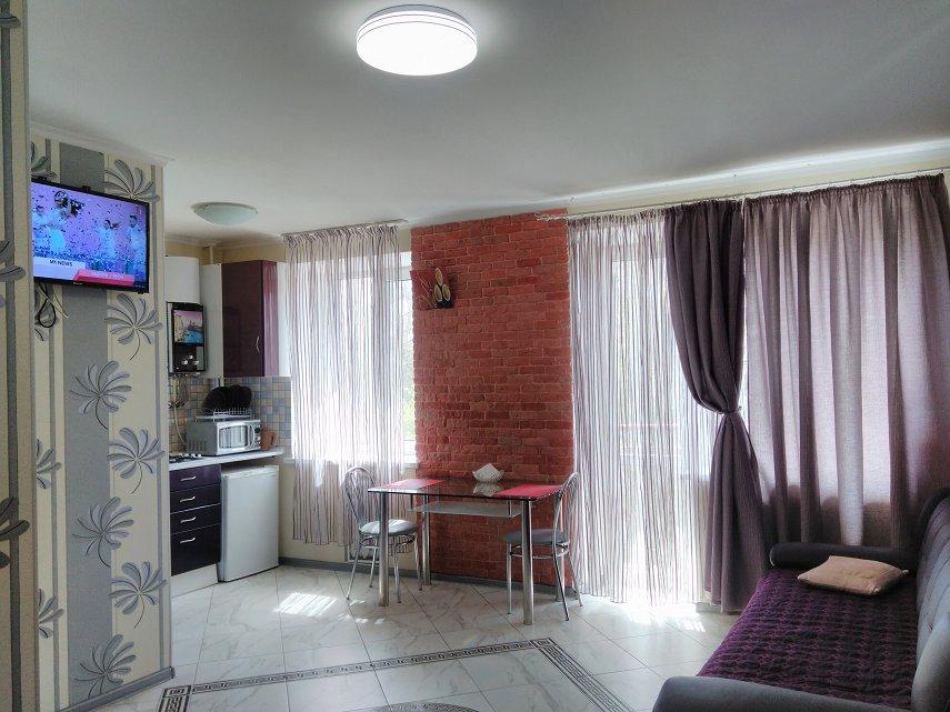 1-комнатная квартира посуточно, Николаев, ул. ул 8 Марта, 34 (2)