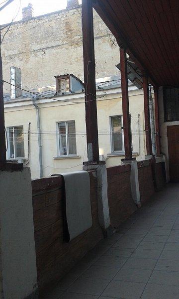 Своя 1-комнатная  квартира, по ул. Пушкинской  в районе ж/д-вокзала современная (6)