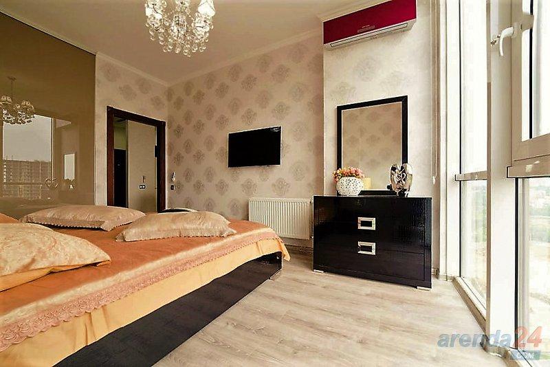 2-комнатная квартира посуточно, Одесса, плато Гагаринское, 5 б3 (2)
