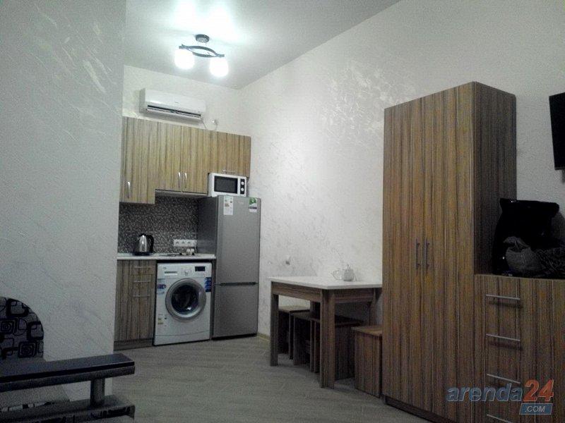1-комнатная квартира посуточно, Евпатория, ул. 60 лет СССР, 14