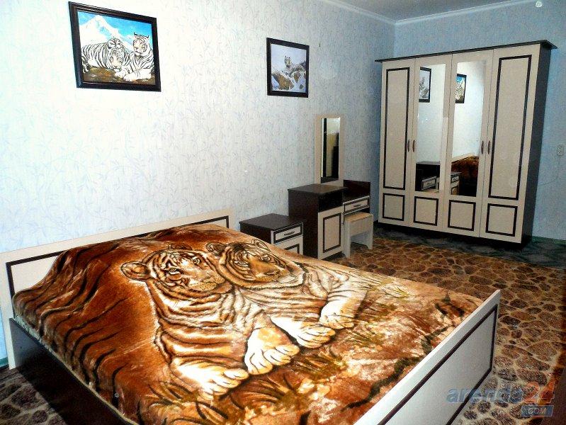 1-комнатная квартира посуточно, Николаев, ул. Красных Маёвщиков, 8