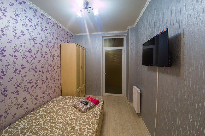 2-к. квартира на сутки в Киеве. ул. Богатырская 6а (4)