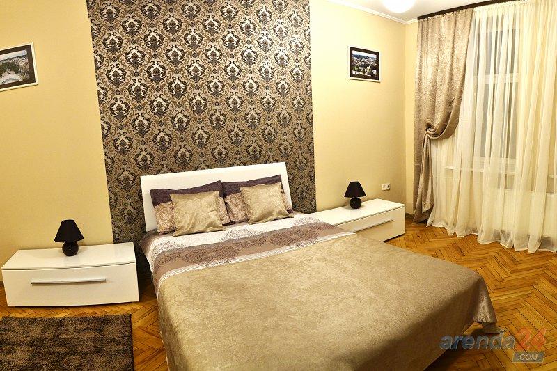 2-комнатная квартира посуточно, Львов, ул. Городоцкая, 111 (1)