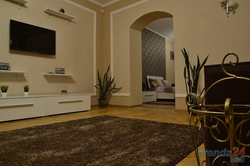 2-комнатная квартира посуточно, Львов, ул. Городоцкая, 111 (6)