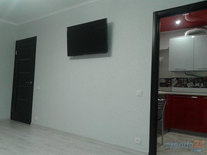 Квартира в Керчи с новым ремонтом, ряжом пляж, море.( техника и мебель новая) (5)