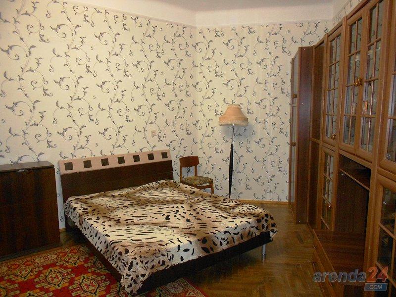 1-комнатная квартира посуточно, Львов, ул. Гоголя, 3-а